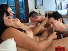The Maltease Gems: Ts Mia Isabella and Vaniity in a Heist Feature film from TsSeduction.com